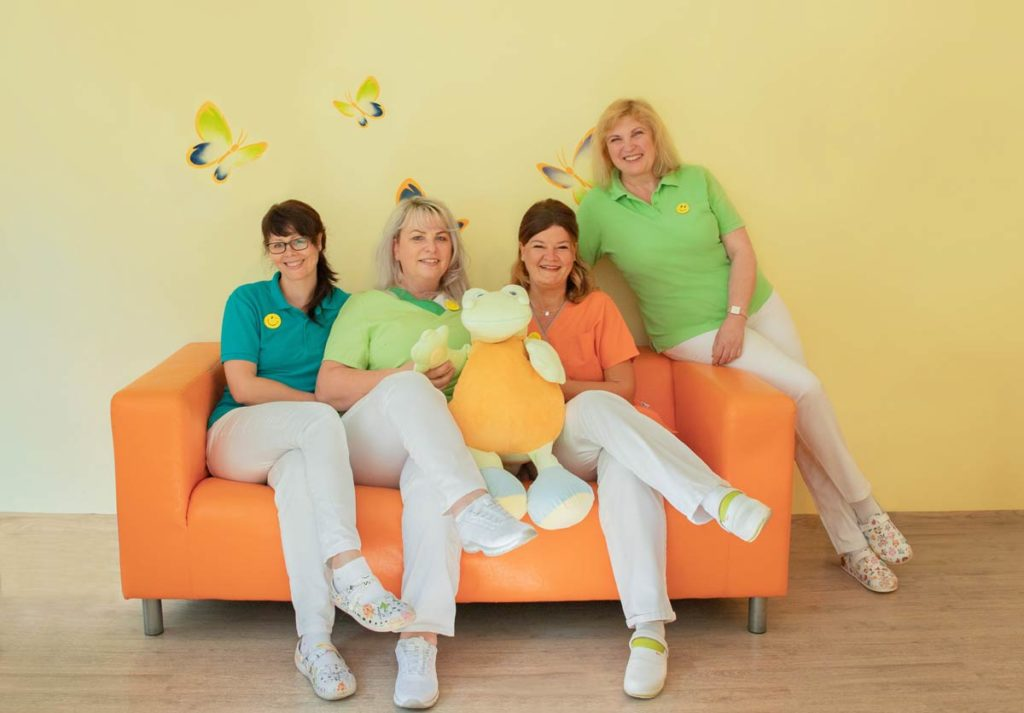 Das Team der Zahnarztpraxis Dr. Mayer
